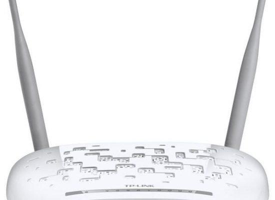 آکای Secure-your-wifi-router-550x400 خانه