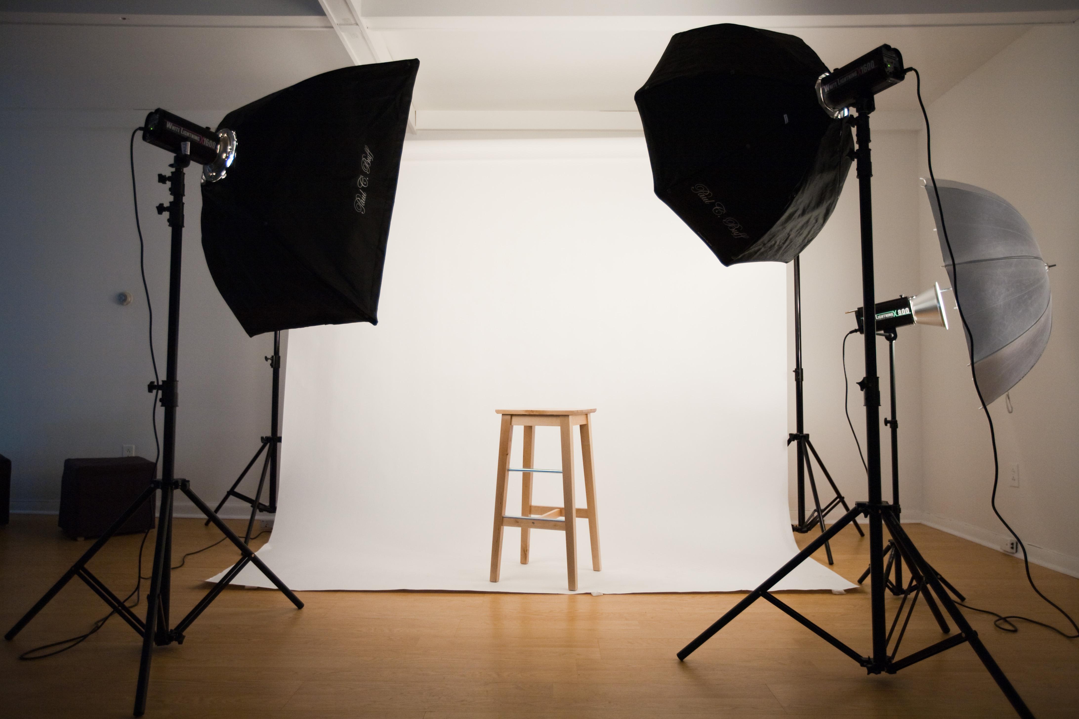 هزینه تجهیزات آتلیه عکاسی