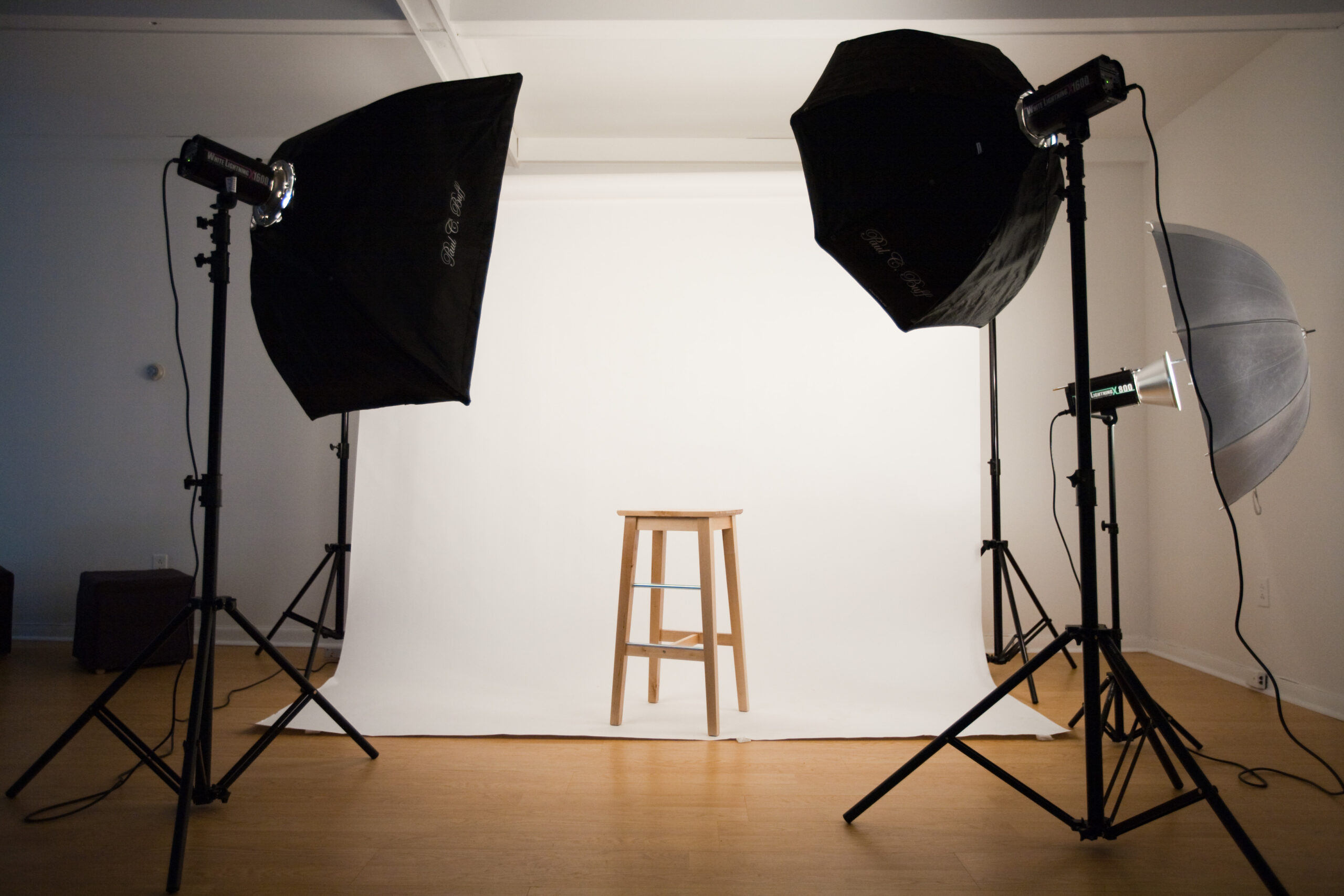 Aakay-photo-studio